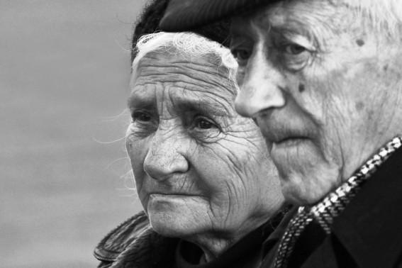 Batranii din Targu Neamt , vor fi  ingrijiti de primarie