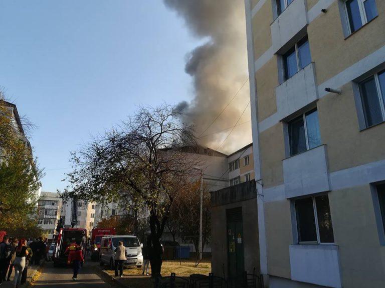 Explozie puternică in Piatra Neamț pe strada Dimitrie Leonida. VEZI VIDEO