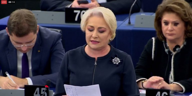 """Viorica Dăncilă – lectie de demnitate in Parlamentul European: """"Nu am venit să dau socoteală. Am venit pentru că vă prețuiesc și vă respect. Cer, însă, aceeași prețuire și același respect pentru poporul român pe care-l reprezint. """""""
