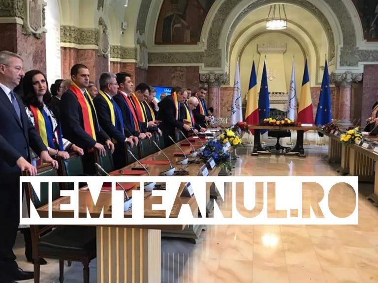 Ministrul Intotero Natalia Elena a participat astăzi, 29 noiembrie a.c., la Ședința Solemnă de Guvern care a avut loc în Sala Unirii din Alba Iulia, alături de doamna Prim-Ministru Viorica Dăncilă și de membrii Cabinetului.