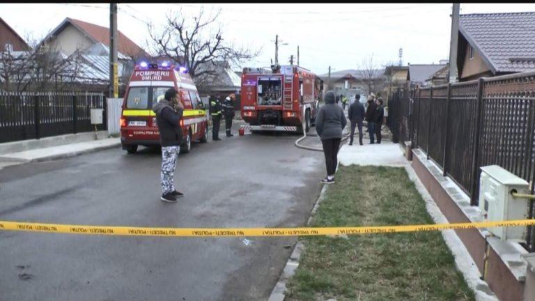 Crimă la Piatra Neamț ,s-a răzbunat pe soția plecată la muncă în Italia: și-a omorât copilul de 16 ani și soacra, apoi a dat foc la casă .