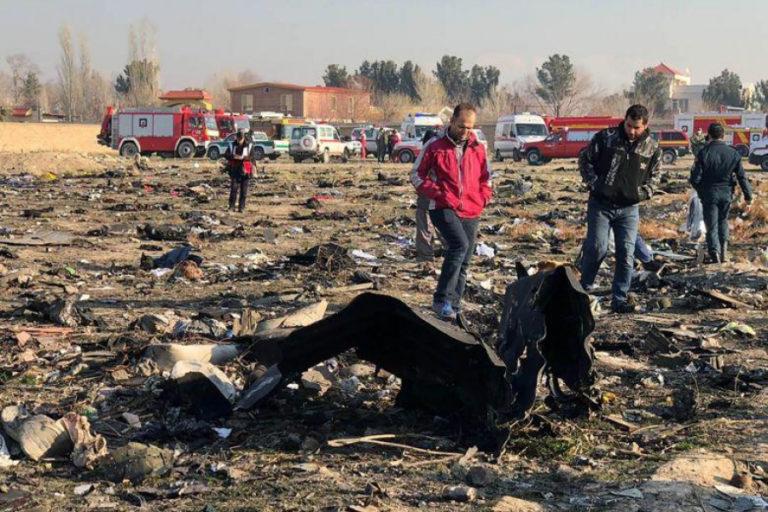 Avionul prăbuşit lângă Teheran, doborât accidental de rachetele Iranului VIDEO