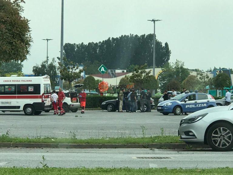 ITALIA: Româncă  de 44 de ani,  împușcată mortal în mașină cu patru focuri de armă, într-o parcare din Cuneo.