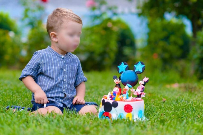 Băiețel mort în ziua care  împlinise 3 ani, când toată familia sărbătorea la masă.