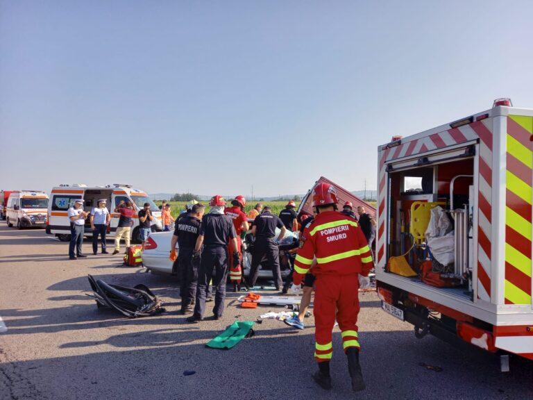 VIDEO: 7 morți, între care 2 copii, într-un accident grav produs pe E85, în Bacău.